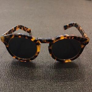 Illesteva Leonard II Ring Sunglasses in Tortoise